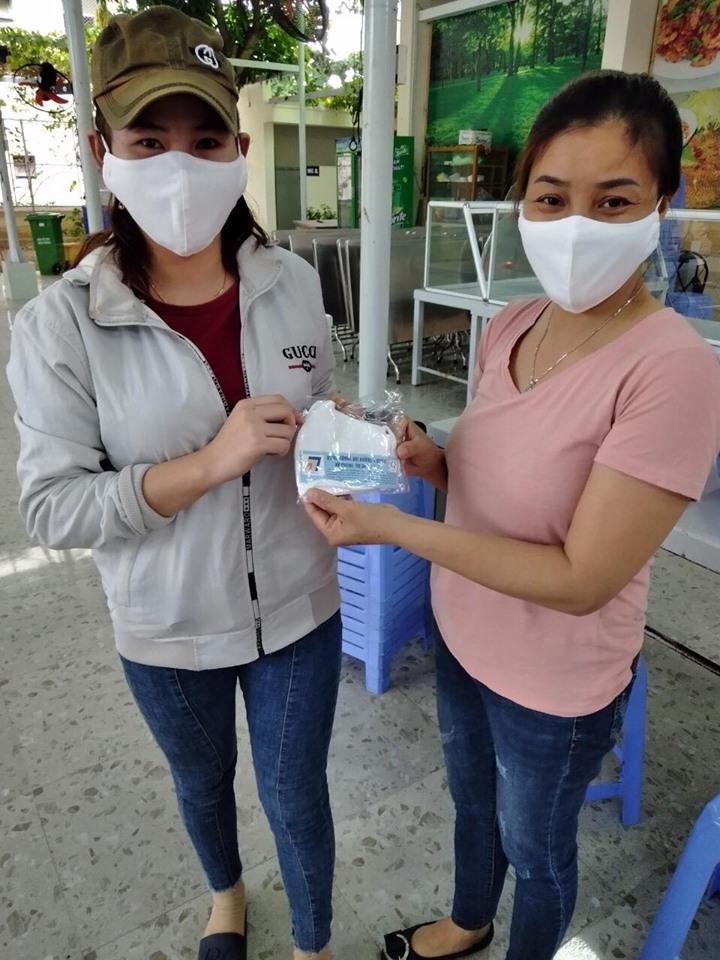Trường 'nuôi cơm' chống dịch, sinh viên yên tâm làm đồ án tốt nghiệp