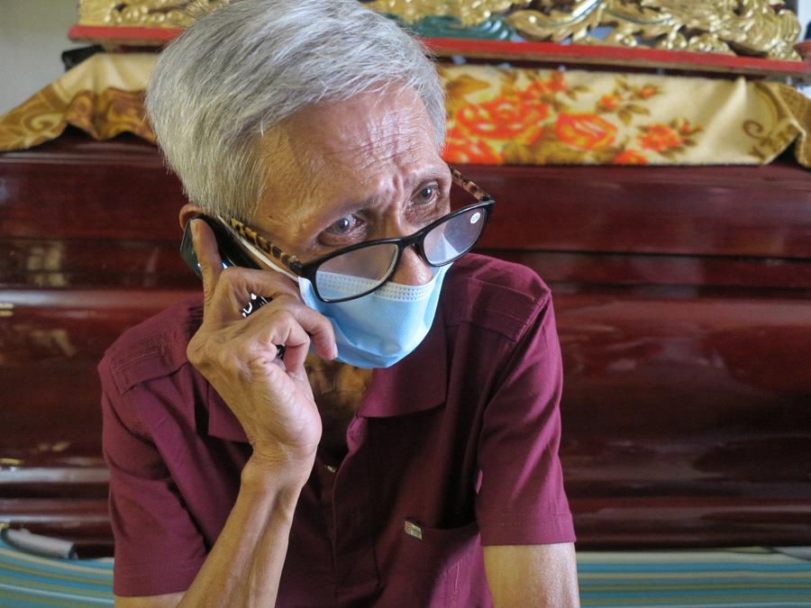 Ông lão vô gia cư được vợ chồng bà chủ ở Sài Gòn nhận nuôi