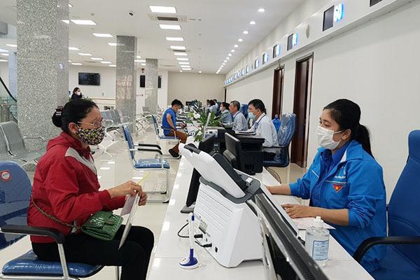 Quảng Ninh: Người dân ngồi nhà vẫn có thể lấy số giải quyết thủ tục hành chính