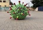 Chế tạo xe hình virus SARS-Cov-2 để tuyên truyền đẩy lùi dịch bệnh