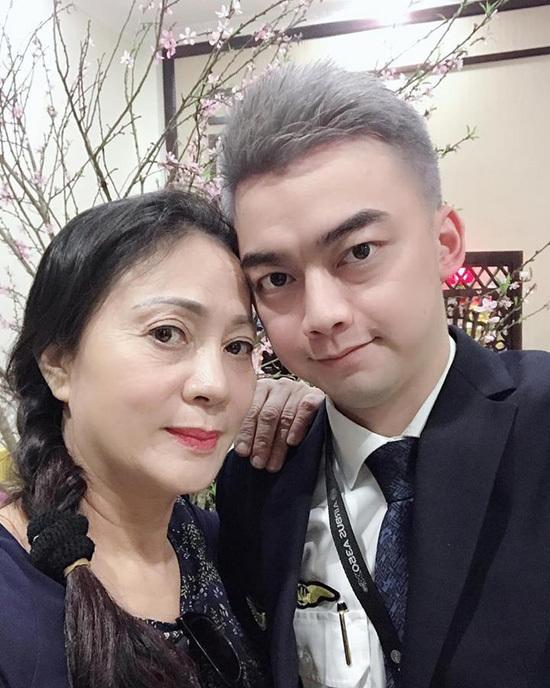 Sao Việt rời showbiz làm phi công: Người thành công, người bỏ nghề vì bị lừa