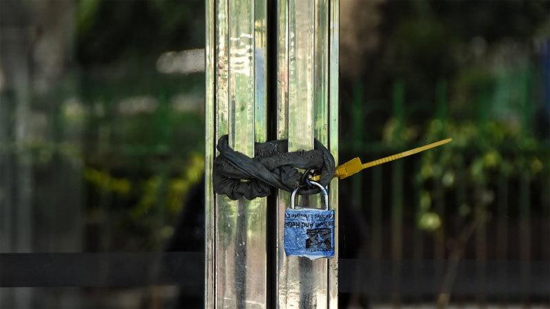 Ấn Độ khóa cửa nhà người vi phạm cách li để ngăn bỏ trốn