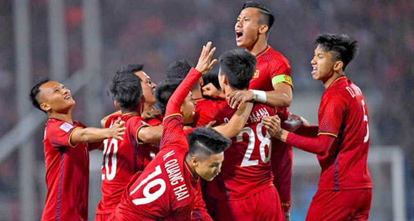 Vietnam national football team in top 15 in Asia