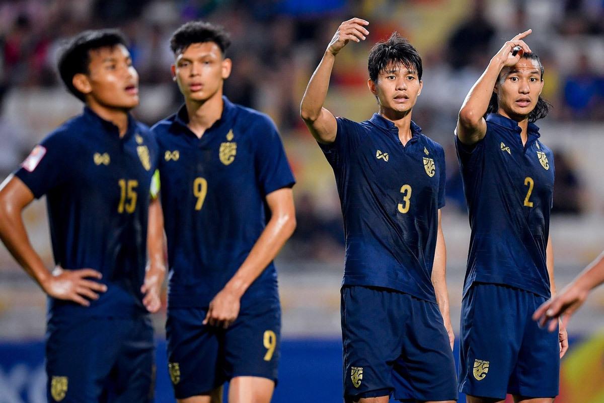 Báo Thái Lan: 'Quên đi chức vô địch AFF Cup'