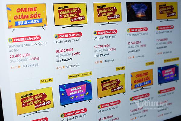 Sau iPhone, đến lượt nhiều mẫu TV giảm giá sốc 50%