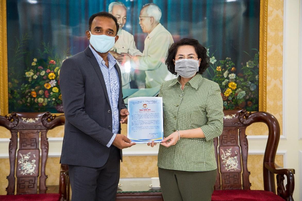 P&G Việt Nam ủng hộ 5 tỷ đồng cho khu cách ly và tuyến đầu chống dịch