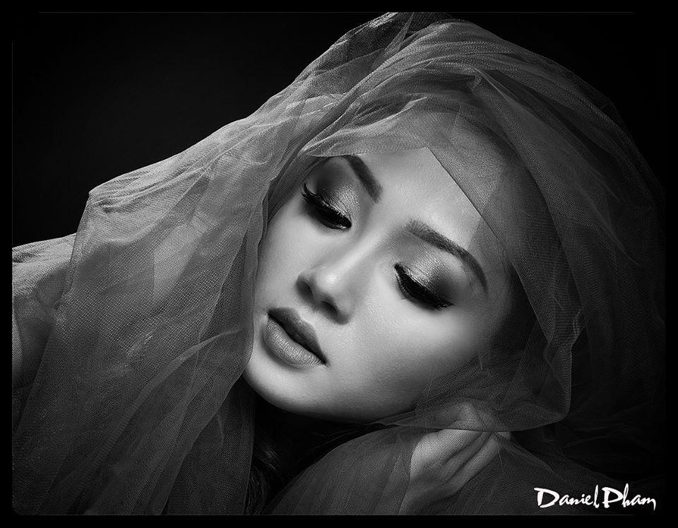 Vẻ đẹp đậm chất Á Đông của hoa hậu vừa đột tử ở tuổi 23