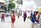 Ông chủ 'ATM gạo' ở Sài Gòn mở thêm 2 máy phục vụ người nghèo