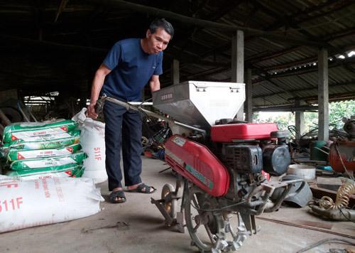 Máy gieo hạt '4 trong 1' độc đáo do 1 nông dân Tuyên Quang sáng chế