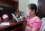 Con gái chị bán hoa quả giỏi tiếng Anh nhờ học trên mạng từ 4 tuổi