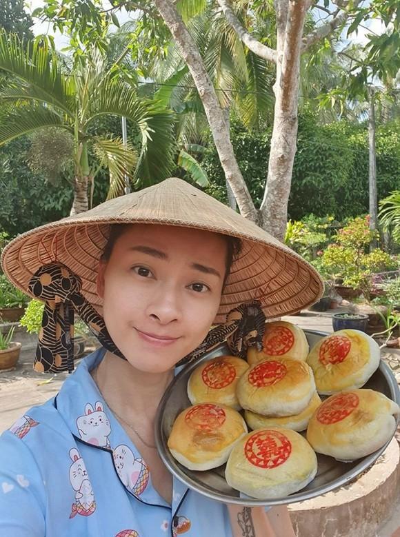 Bị lừa qua điện thoại, Ngô Thanh Vân lên mạng 'bóc phốt'