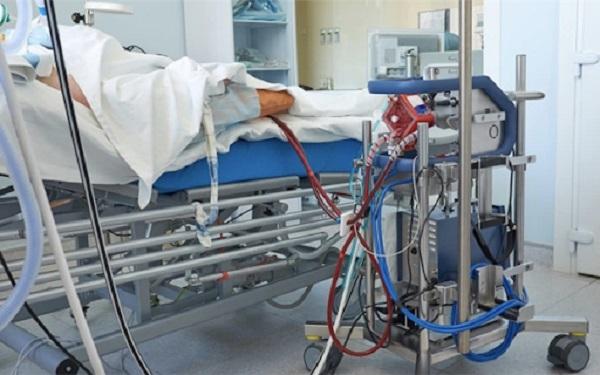 Tình trạng phổi bệnh nhân phi công Anh chưa cải thiện