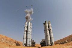 Xem tổ hợp phòng không Nga hạ gục tên lửa đối phương