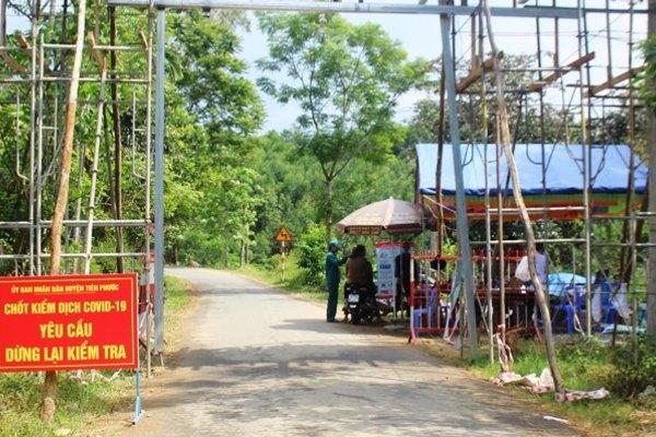 Khởi tố 2 gã tấn công công an huyện ở Quảng Nam