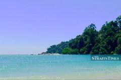 Bị kẹt ở Malaysia vì dịch Covid-19, một người Thái bơi qua biển về nhà