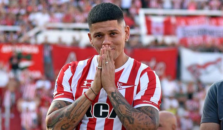 Cầu thủ MU cầu xin CLB không gọi trở lại Manchester