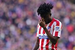 Arsenal vung tiền ký lá chắn thép của Atletico