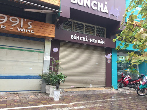 F&B chains in Vietnam go online or die during COVID-19