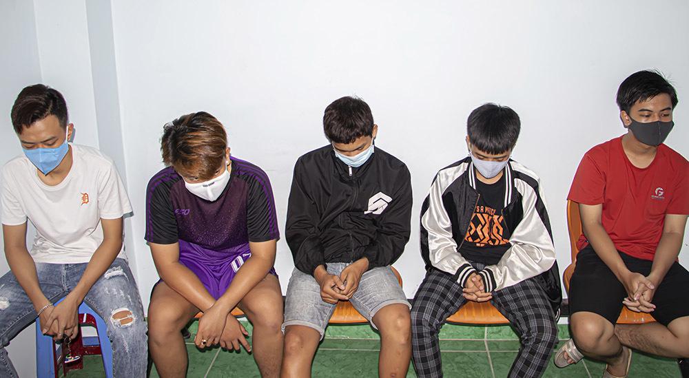 6 nam sinh chém trọng thương thiếu nữ 16 tuổi ở Vĩnh Long