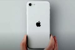 """iPhone SE 2020 đặt """"dấu chấm hết"""" cho smartphone màn hình nhỏ"""