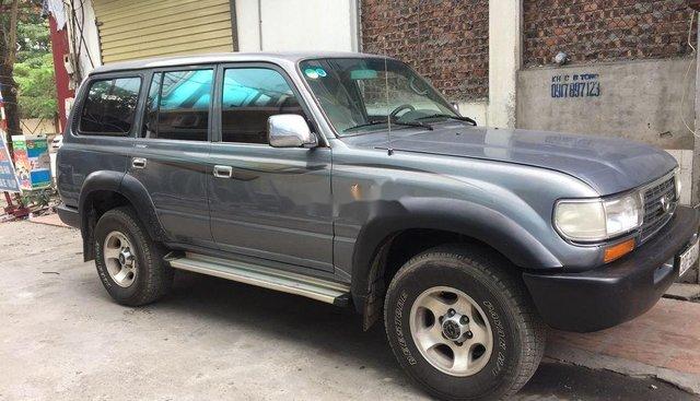 Xe Toyota Camry, Land Cruiser cũ thanh lý giá siêu rẻ chỉ từ 14,5 triệu