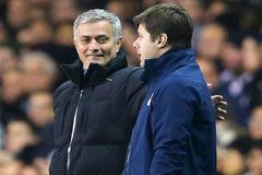 Tottenham cắt giảm lương Pochettino, tuyệt nhiên không đụng Mourinho