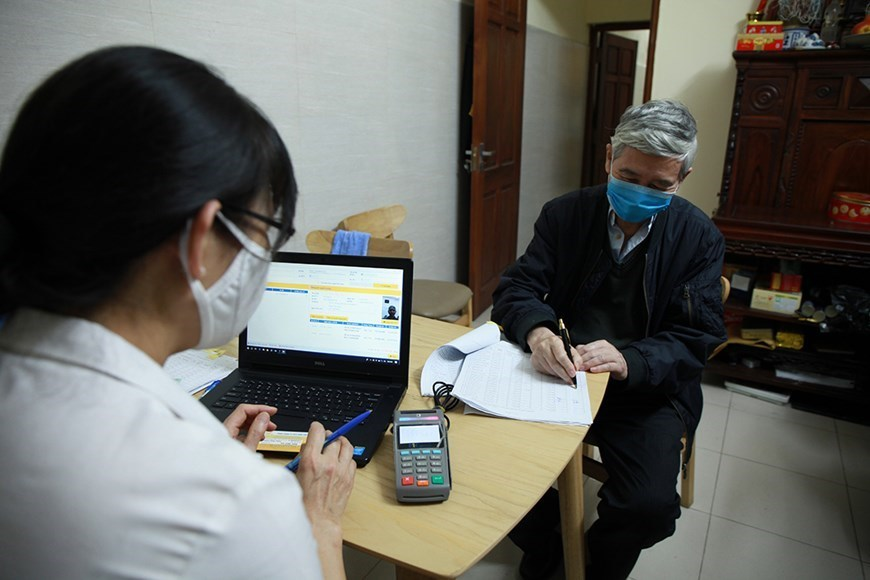 Hanoi: Over 440,000 people receive pension, allowance at home