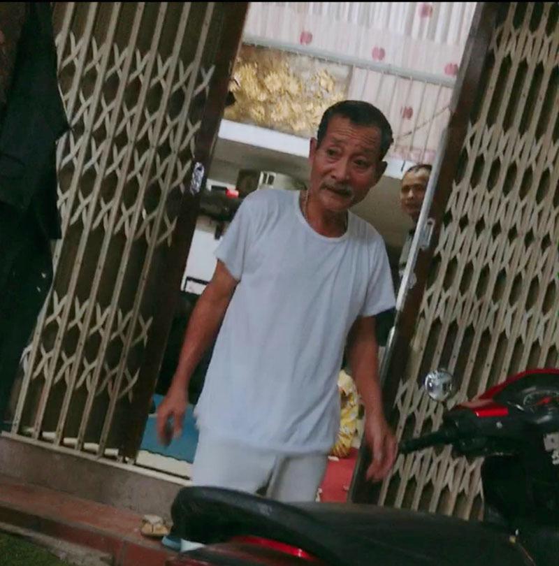Chủ trọ Hà Nội tặng gạo, mắm, chia sẻ khó khăn với người thuê phòng