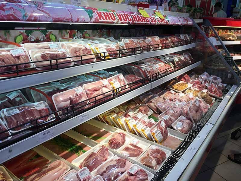 Gần 300 ngàn/kg thịt lợn, làm sao có thể chặn đà tăng giá