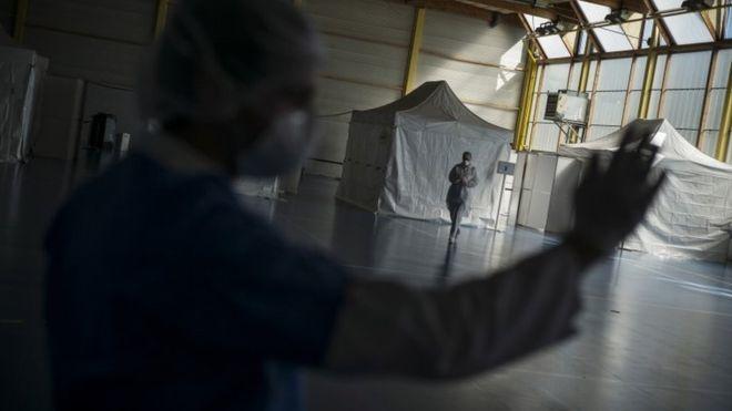 coronavirus,covid-19,world news,health workers