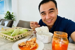'MC giàu nhất Việt Nam' Quyền Linh vẫn ăn cơm nguội buổi sáng
