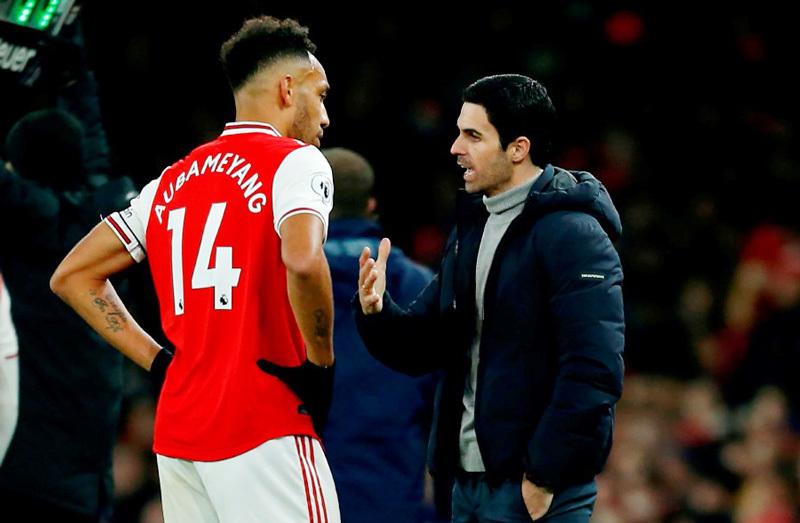Arsenal mạnh tay 'thanh trừng', trụ cột cũng không thoát