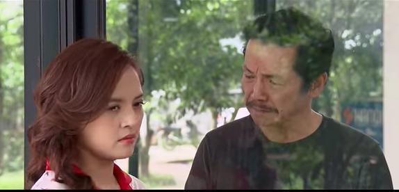 'Những ngày không quên' tập 11, Huệ khóc trước tâm sự của bố Sơn
