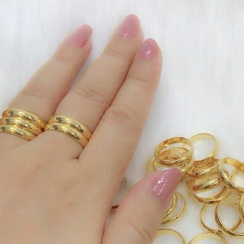 Vì sao vàng nhẫn 9999 có giá thấp hơn vàng miếng?