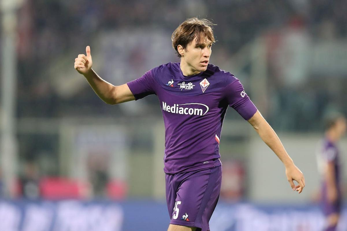 MU ký 'Drogba mới', Juventus mua Chiesa