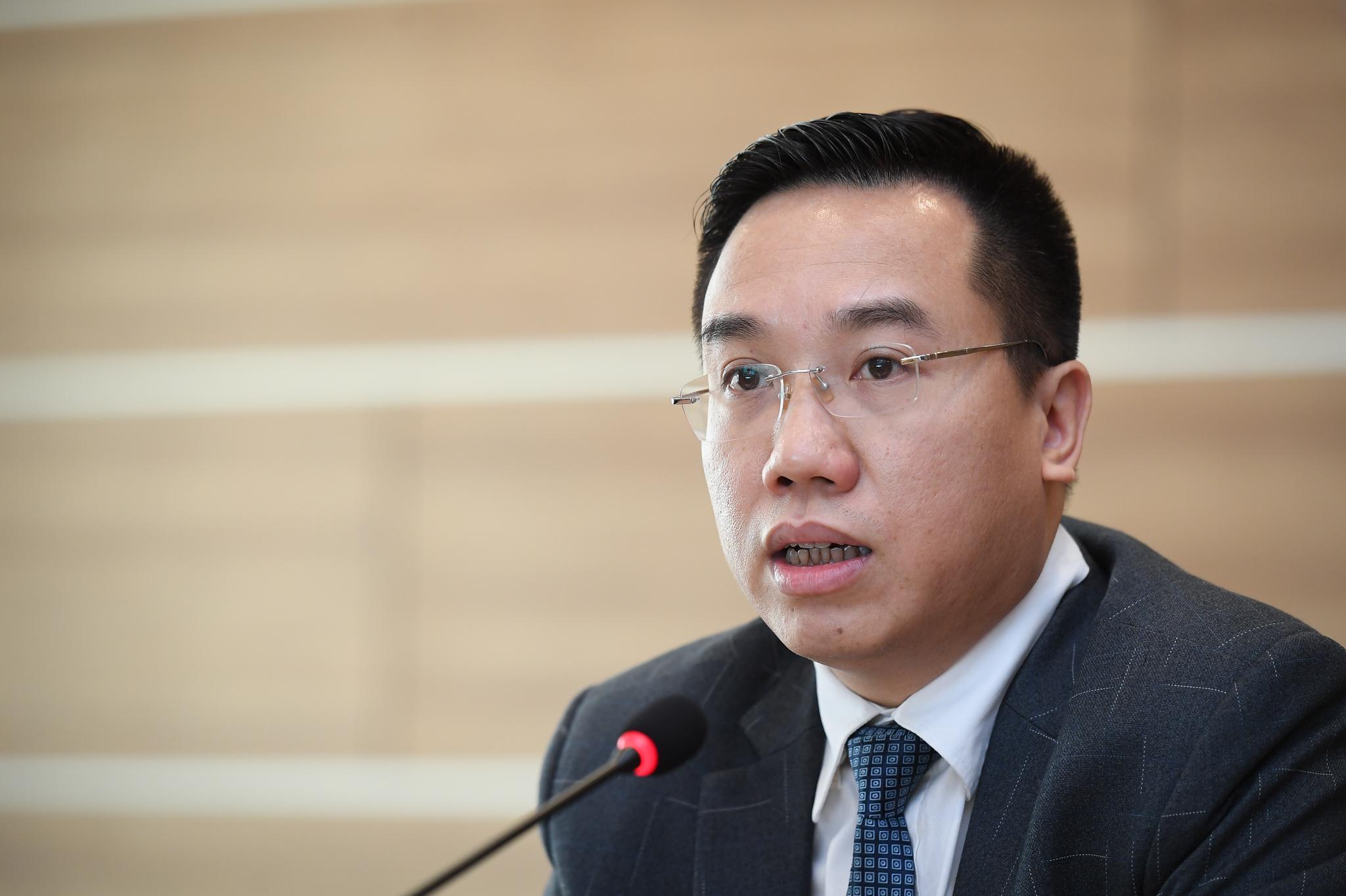 Nhà thơ Hữu Việt, ca sĩ Phạm Thu Hà giao lưu tại Hội sách trực tuyến quốc gia 2020