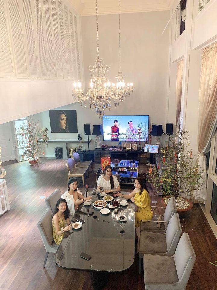Căn hộ penthouse sang trọng của Trương Ngọc Ánh