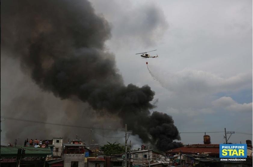 Bị hỏa hoạn thiêu rụi, hàng trăm hộ nghèo Philippines mất nhà
