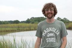 Thầy giáo tiếng Anh ở TP.HCM kể trải nghiệm chống dịch tại VN và Mỹ