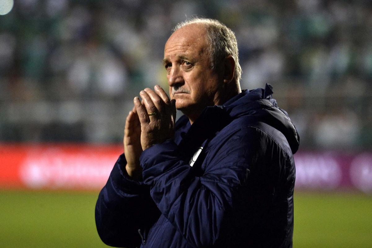 HLV Scolari phủ nhận dẫn dắt UAE đấu tuyển Việt Nam