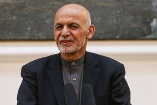Coronavirus: 'Staff infected' in Afghan presidential palace