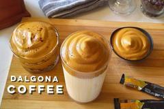 Cách pha cà phê bọt biển Dalgona đang gây sốt