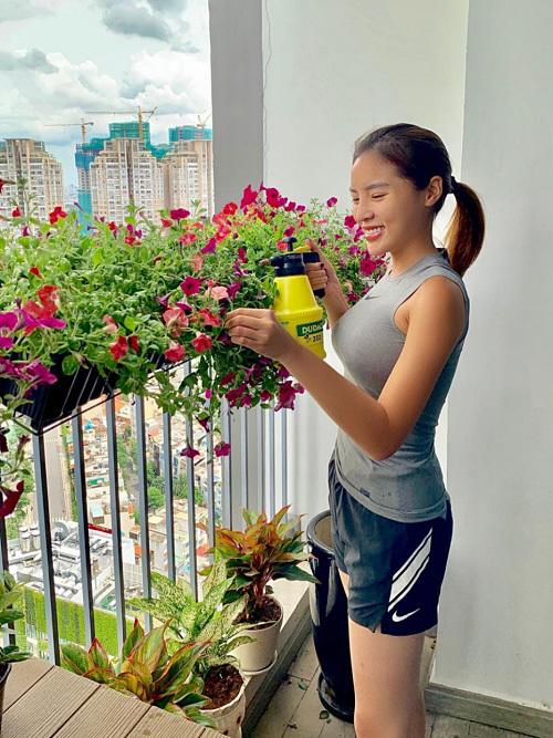 Hoa hậu Kỳ Duyên khoe căn hộ cao cấp