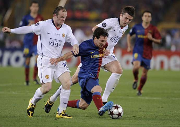 Đến lượt Rooney 'phũ' đồng đội cũ Ronaldo, ca Messi