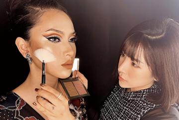 Chuyên gia make up Luna Phương Hằng bỏ việc ngân hàng để…cầm cọ
