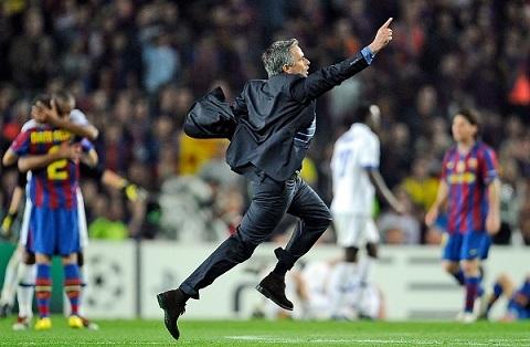 Ngày này năm xưa: Mourinho và Inter hủy diệt Barca