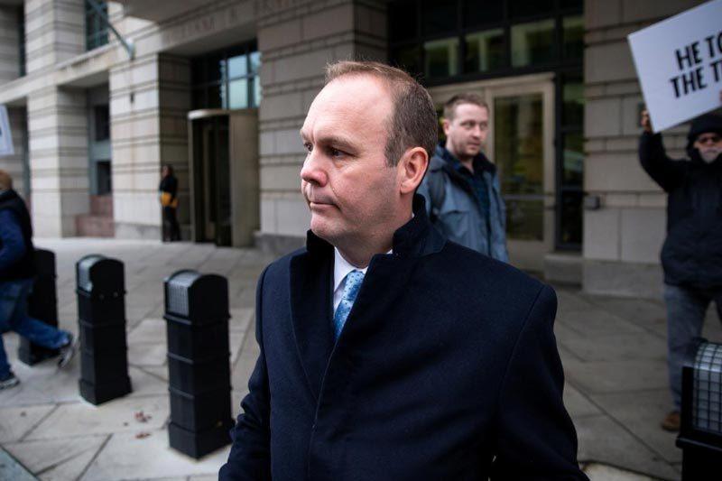 Cựu trợ lý của ông Trump xin ngồi tù tại gia vì sợ Covid-19