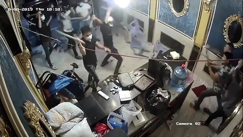 Bắt trùm giang hồ Sài Gòn từng có tiền án giết người