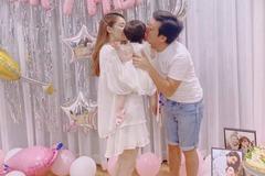 Mừng tuổi 37, Trường Giang khoe ảnh con gái bên Nhã Phương