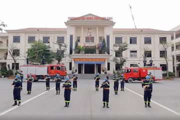 Clip đốn tim cộng đồng mạng: Lính cứu hỏa, bác sĩ, robot nhảy Ghen Cô Vy